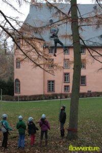 Hochübung vor der Burg Waldmannshausen